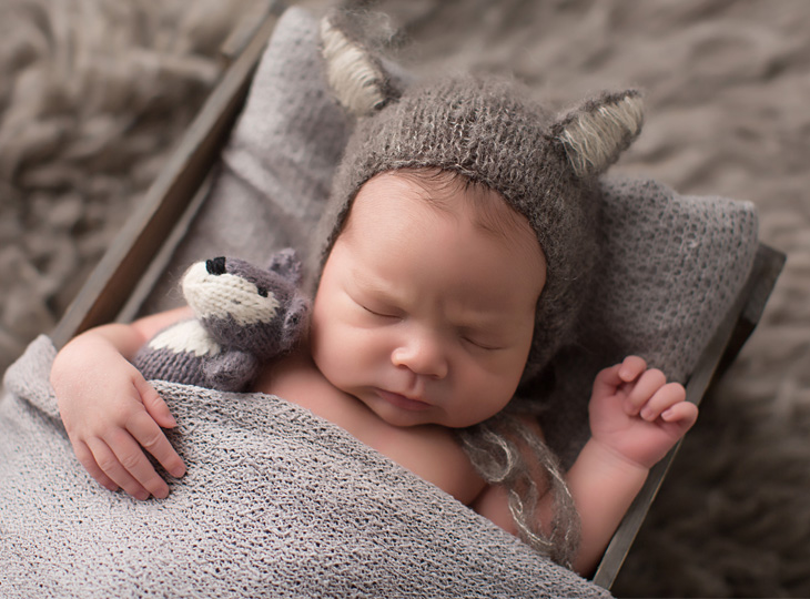 Ashley elicio photography tucson az newborn photographer